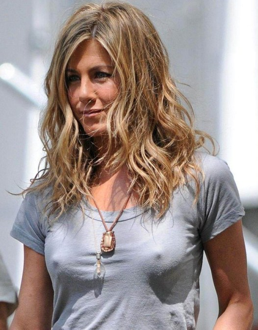 jennifer-aniston-hot-hot-152047174